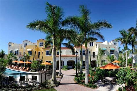 Centra Falls Townhomes | Pembroke Pines New Construction