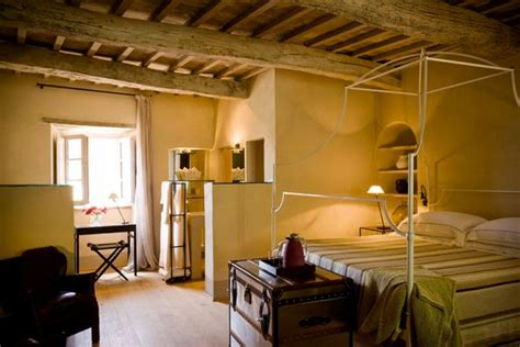 Hotel Chic   A New Hotel Helps Revive a Medieval Village