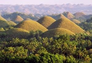 Ultimate Q&A Guide to Chocolate Hills - Cush Travel Blog