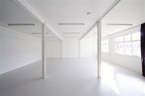 Drive in Studio in in south west London all white space