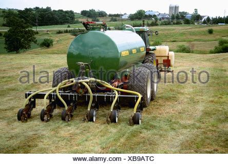 Agriculture - Chemical application, injecting liquid hog