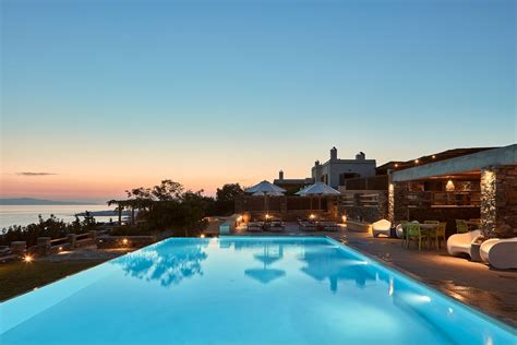 Diles & Rinies Luxury Hotel Villas Honored at Commercial